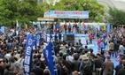 「労使協議で働き方改革を推進」連合・神津会長  メーデー中央大会